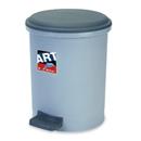 新海洋 411 圓膠腳踏垃圾桶 10L